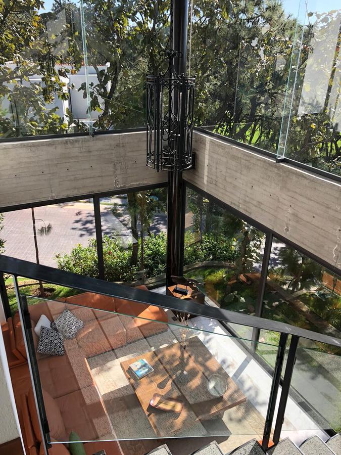 Foto Casa en Venta en  Tlajomulco de Zúñiga ,  Jalisco  Hermosa casa en El Cielo country Club, dentro del Fraccionamiento el Palomar