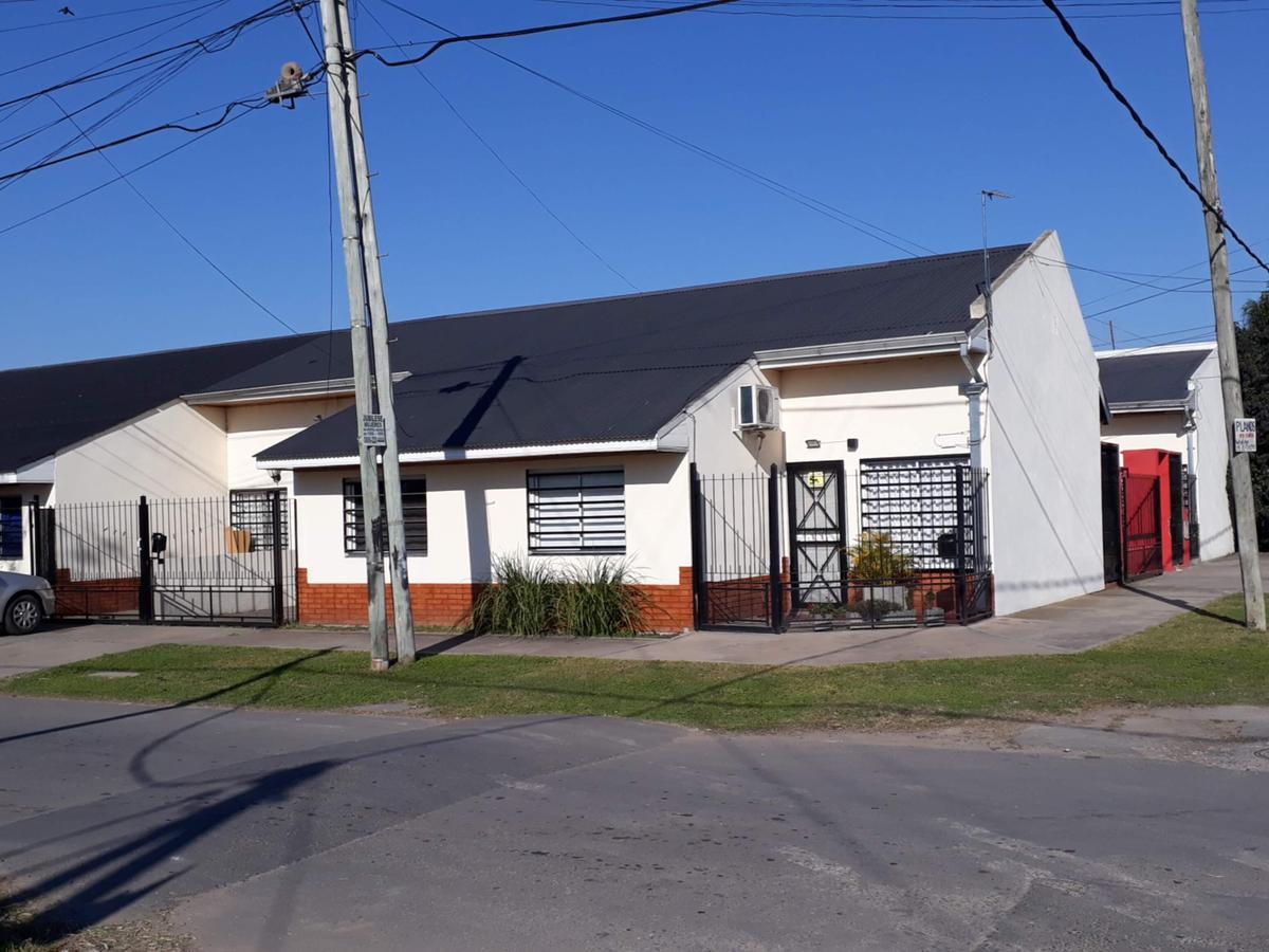 Foto Departamento en Alquiler en  Berazategui,  Berazategui  Calle 122 y 19