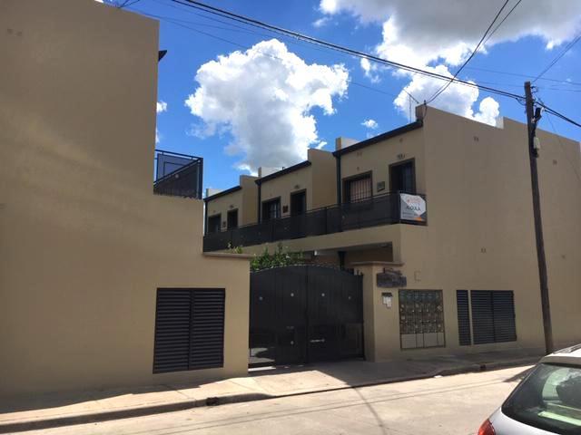 Foto Departamento en Alquiler en  Zapiola,  Lujan  Solis Nº 2351 depto 17