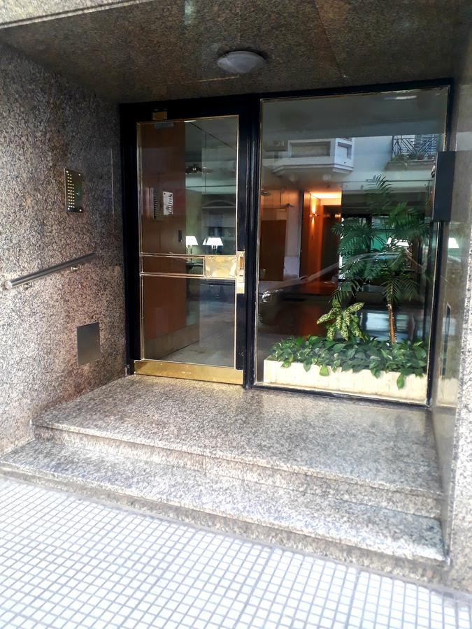 Foto Departamento en Venta en  Barrio Norte ,  Capital Federal  Junín y Melo, 8 Piso