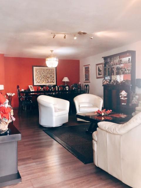 Foto Apartamento en Venta en  Pocitos ,  Montevideo  Roque Graseras al 800