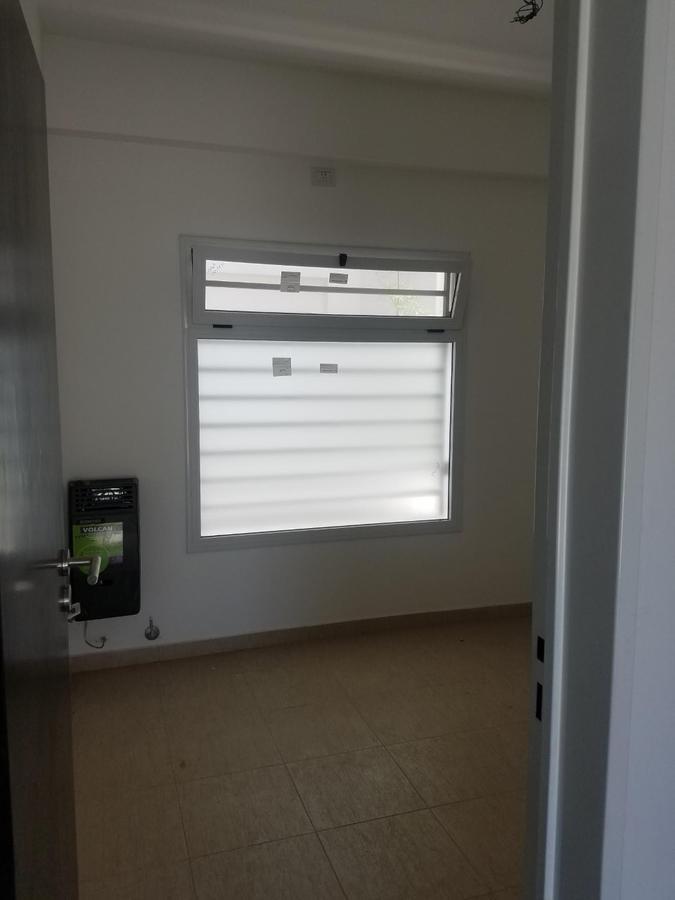 Foto Departamento en Venta en  Lomas De Zamora,  Lomas De Zamora  Ayacucho al 245