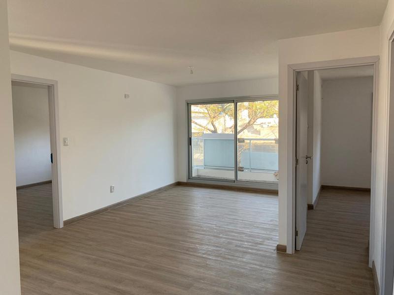 Foto Departamento en Venta en  Aguada ,  Montevideo  Entrega inmediata, dos dormitorios, con Garage incluido