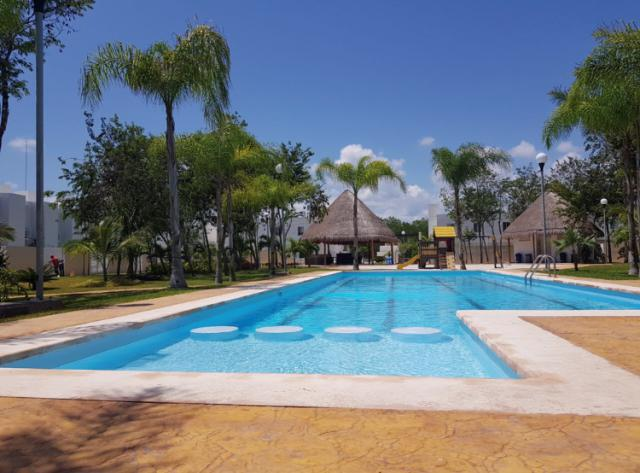 Foto Casa en Renta en  Solidaridad,  Playa del Carmen  Casa 3 recamaras La joya en Renta SIN AMUEBLAR