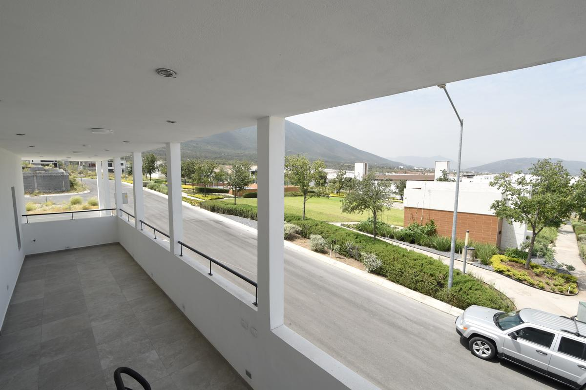 Foto Casa en Venta en  Santoral,  García  Santoral