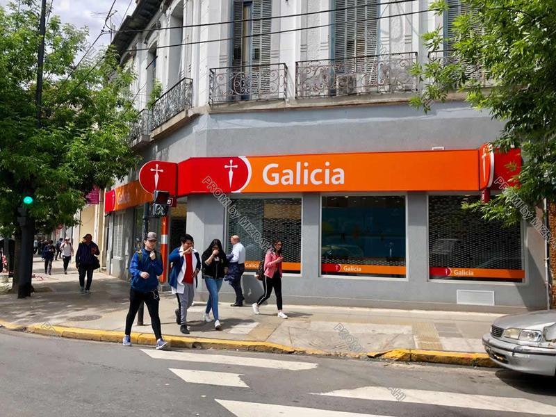 Foto Local en Venta en  Villa Crespo ,  Capital Federal  Av. San Martín esq. Camarones