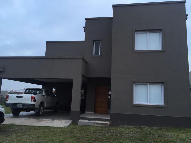 Foto Casa en Venta en  Yerba Buena ,  Tucumán  El Divisadero