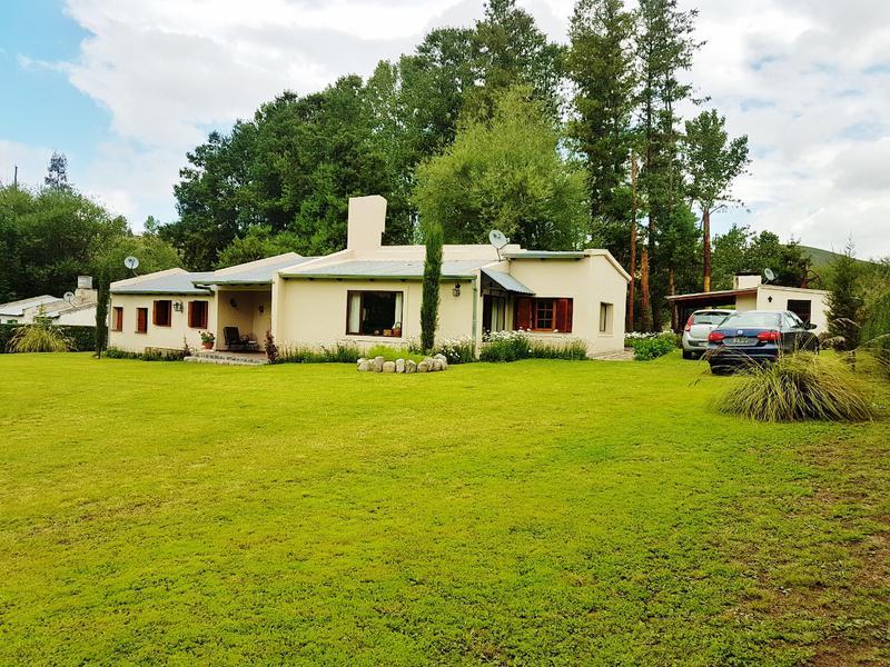 Foto Casa en Venta en  Tafi Del Valle ,  Tucumán  La Ovejería,  3 domitorios más departamento. Lote 5000 m2