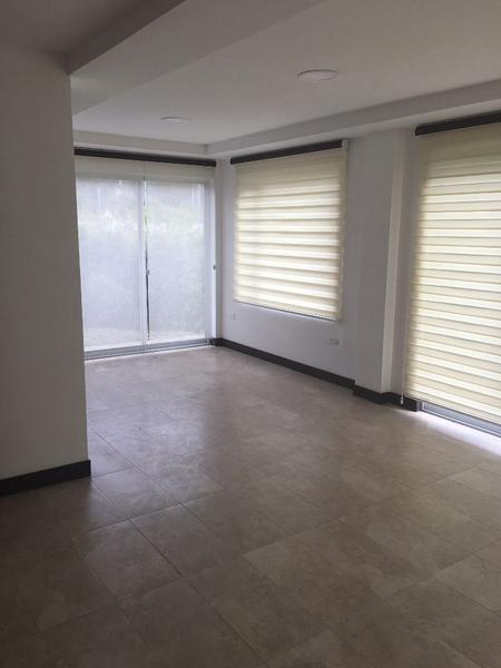 Foto Casa en Alquiler en  Tumbaco,  Quito  La Morita, casa en conjunto cerrado, jardín y áreas para niños