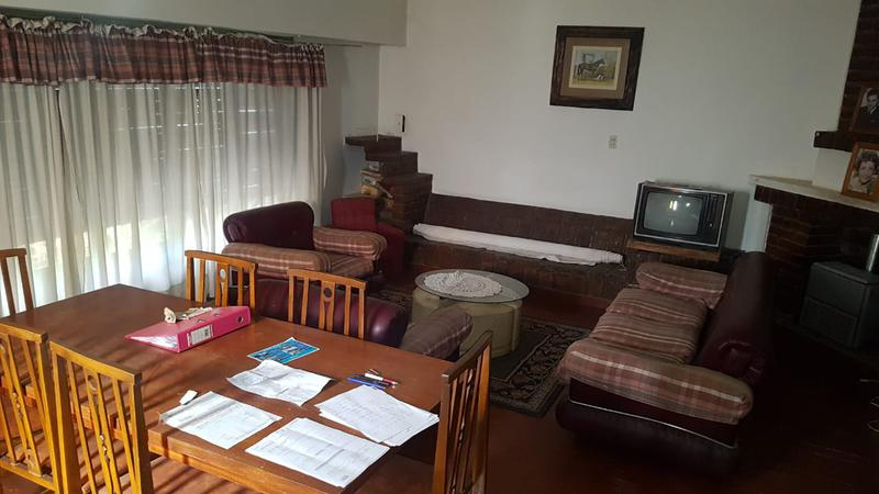 Foto Casa en Venta en  Villa Regina,  General Roca  CASA 3 DORMITORIOS-V.R.
