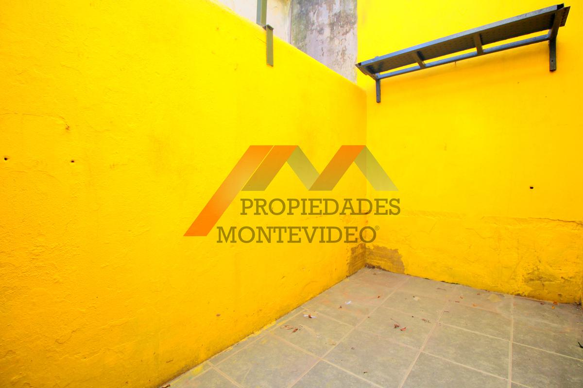 Foto Apartamento en Venta en  Peréz Castellanos ,  Montevideo  Perez Castellanos, Pablo Perez al 4000