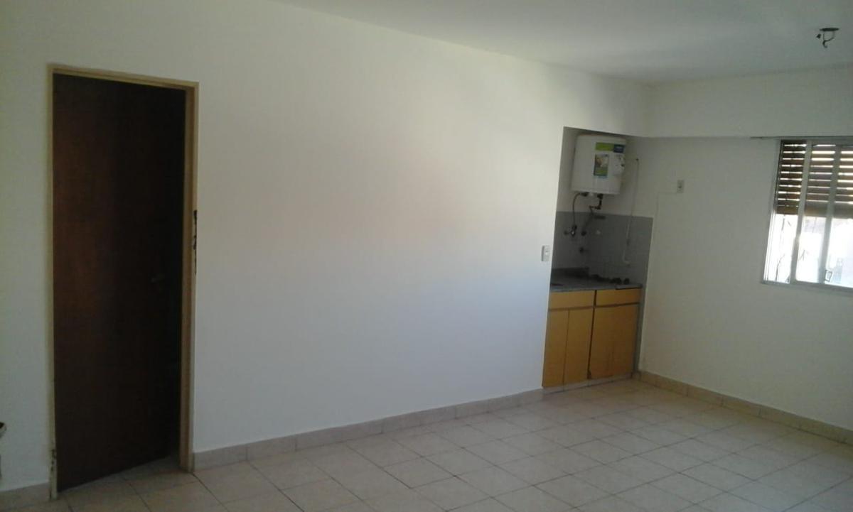 """Foto Departamento en Alquiler en  Nueva Cordoba,  Capital  SAN LUIS 61 8º """"D"""""""