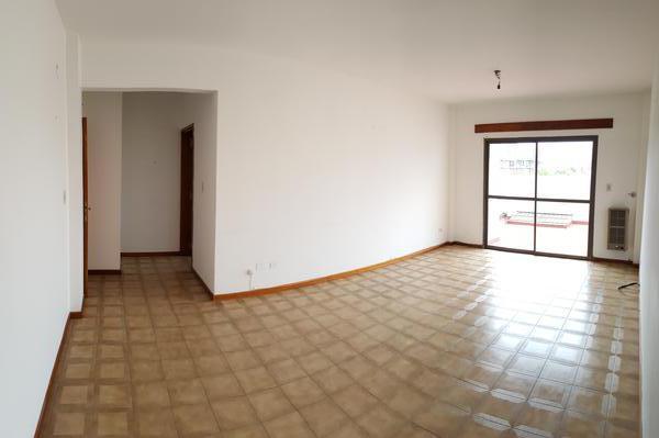 Foto Departamento en Alquiler en  Centro,  Santa Rosa  Avenida Luro