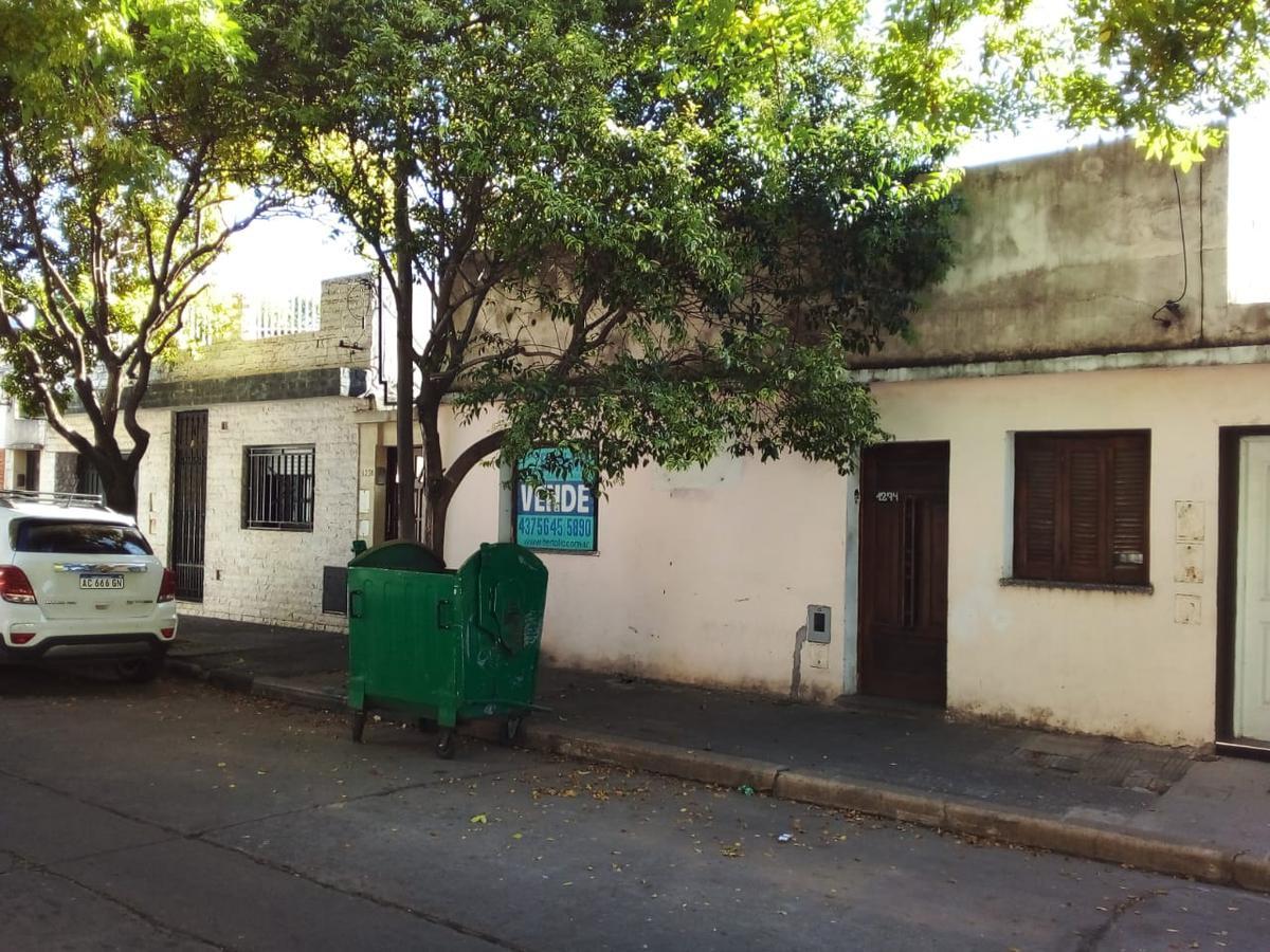 Foto Casa en Venta en  Azcuenaga,  Rosario  MENDOZA 5500