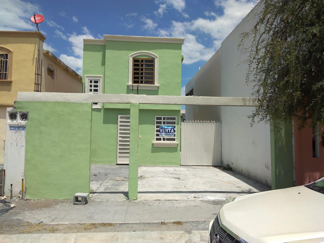 Foto Casa en Venta |  en  Real de Palmas,  Gral. Zuazua  Real de Palmas