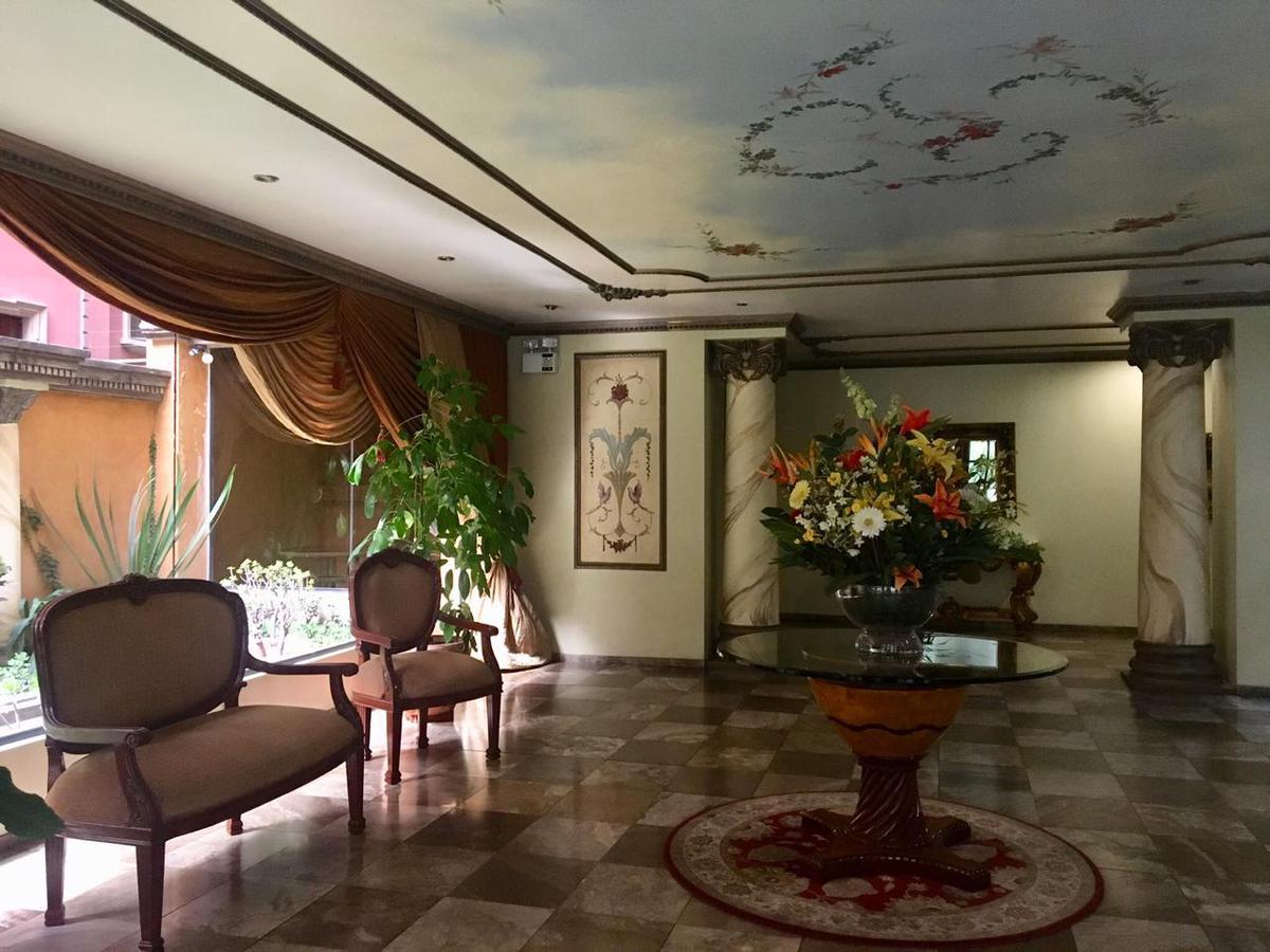 Foto Departamento en Venta en  La Carolina,  Quito  Calle Luxemburgo y Portugal