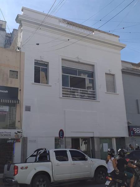 Foto Edificio Comercial en Alquiler en  La Plata ,  G.B.A. Zona Sur  Edificio Comercial en venta o alquiler - calle 47 entre calle 7 y 8  - La  Plata