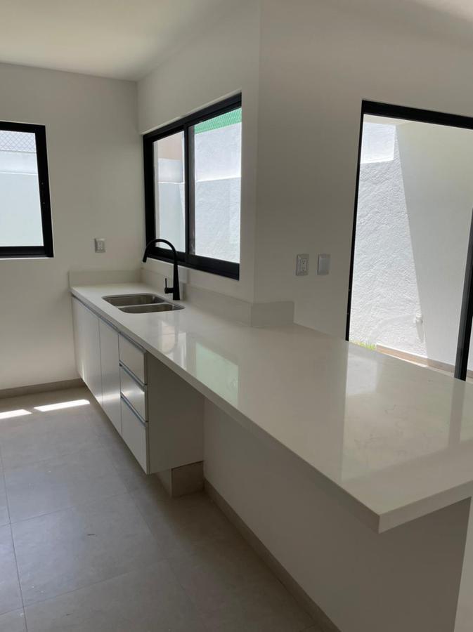 Foto Casa en Venta en  Fraccionamiento Milenio,  Querétaro  VENTA CASA NUEVA FRACC. MILENIO  QRO. MX