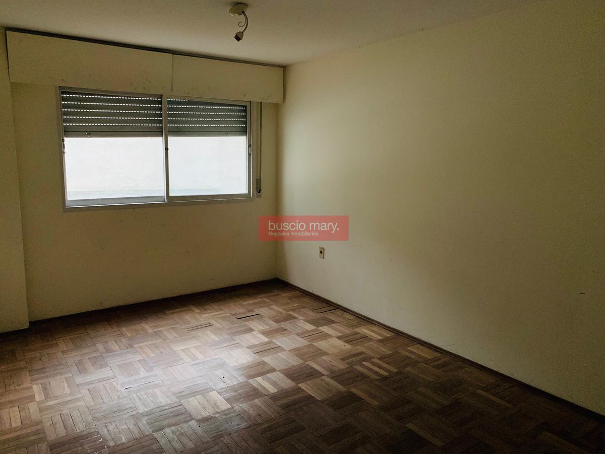 Foto Apartamento en Venta en  Cordón ,  Montevideo  Cordón