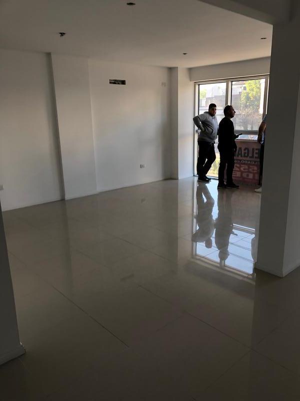 Foto Oficina en Venta en  Villa del Parque ,  Capital Federal  Av San Martin al 4600