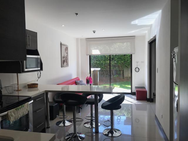 Foto Departamento en Renta en  Pozos,  Santa Ana  Apartamento en Santa Ana/ Amueblado/ Céntrico/ Jardín