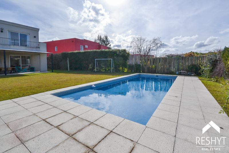 Foto Casa en Venta en  Talar Del Lago,  Countries/B.Cerrado  TALAR DEL LAGO I - TIGRE