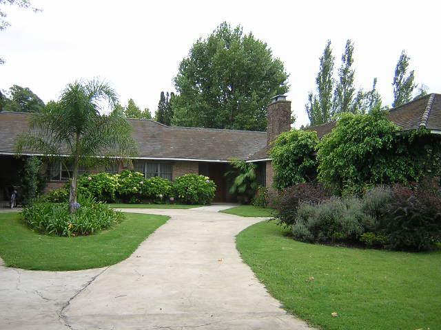 Foto Casa en Venta en  Las Lomas-Horqueta,  Las Lomas de San Isidro  Anchorena al 400
