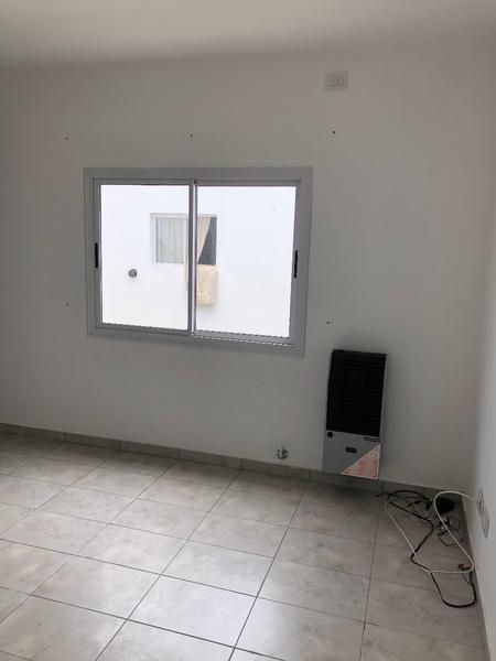 Foto Departamento en Venta en  La Plata ,  G.B.A. Zona Sur  134 entre 70 y 71