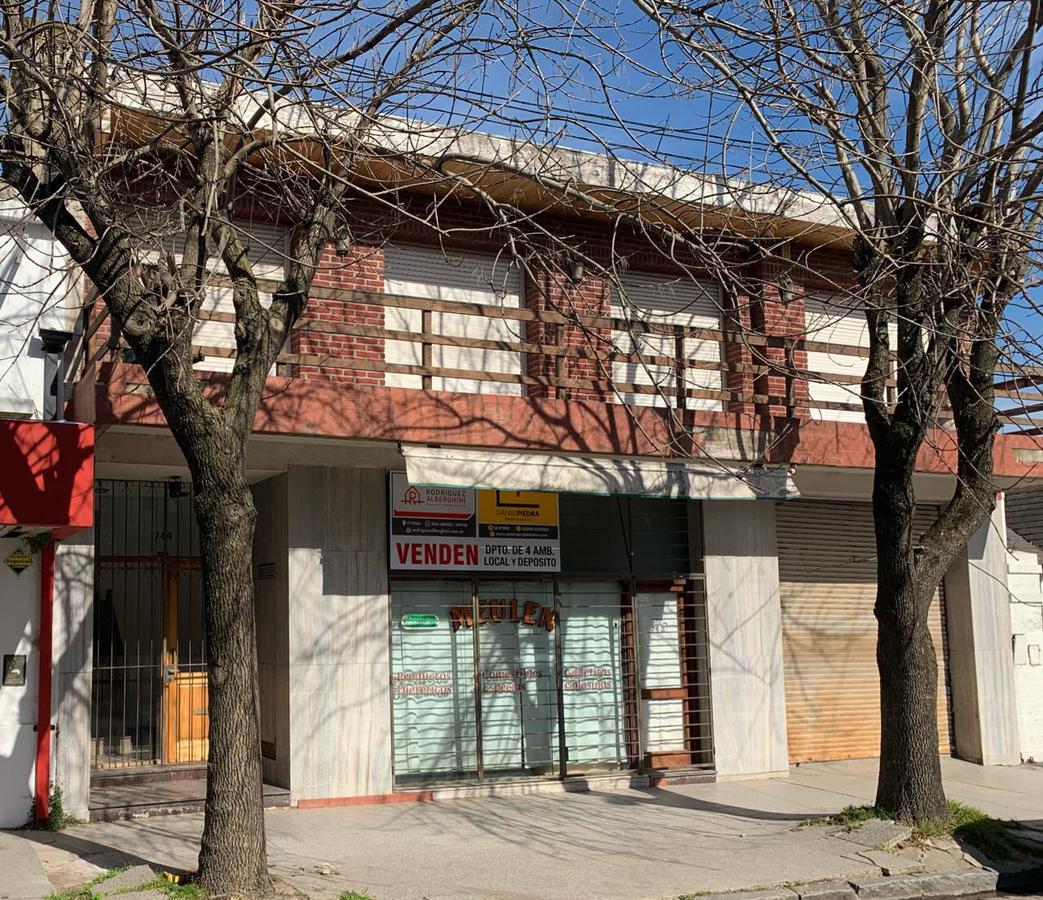 Foto Edificio Comercial en Venta en  Balcarce ,  Interior Buenos Aires  CALLE 19 ENTRE 20 Y 22