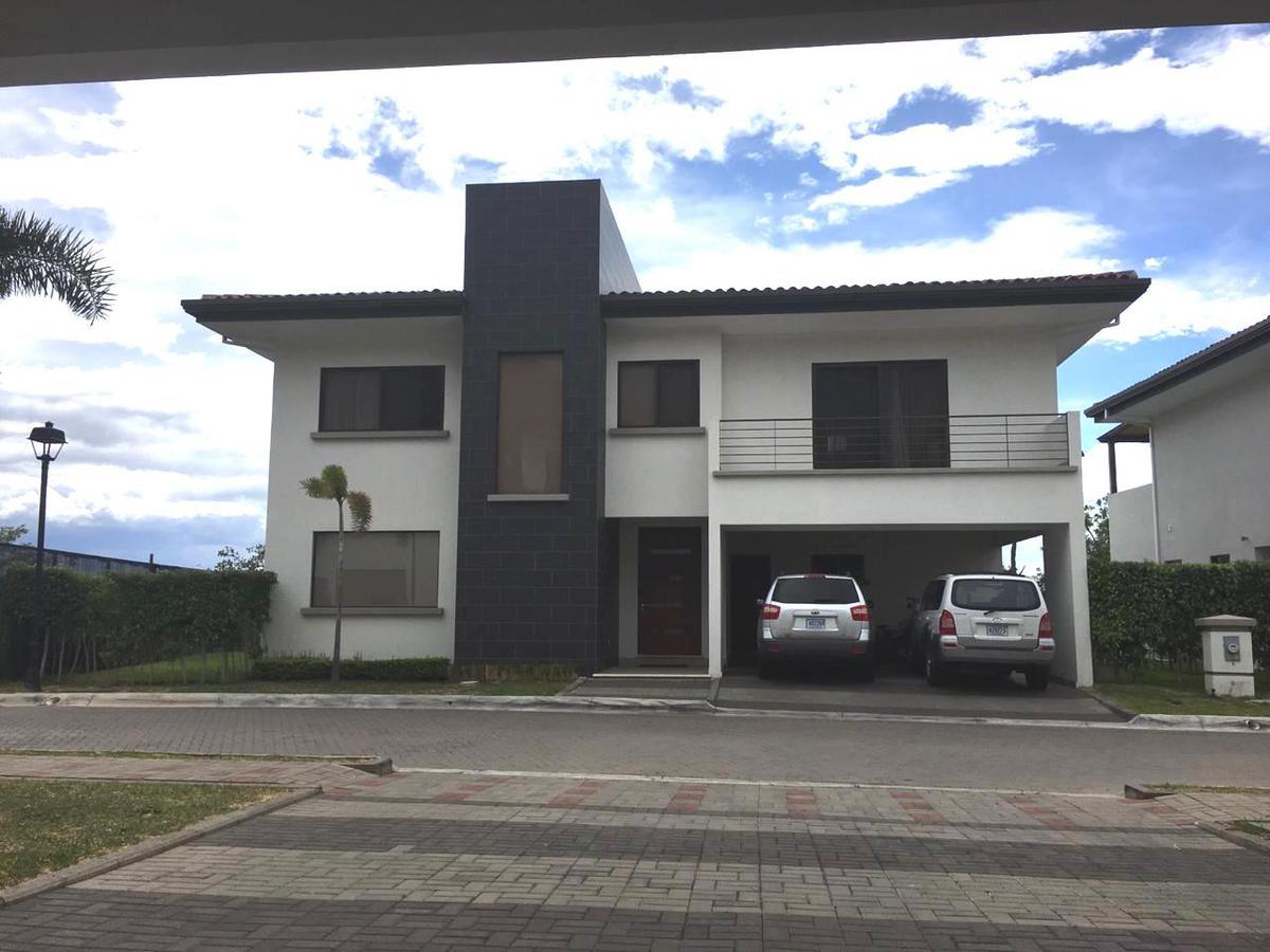Foto Casa en condominio en Venta en  Santa Ana ,  San José  Vista/ Exclusividad/ Lujo/ Confort