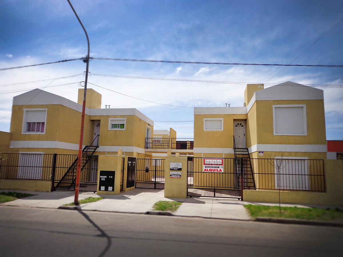 Foto Departamento en Alquiler en  General Pico,  Maraco  4 e/ 5 y 3 - D2
