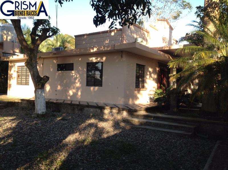 Foto Casa en Venta en  Congregacion Banderas,  Tuxpan  CASA EN VENTA CON AMPLIO JARDÍN