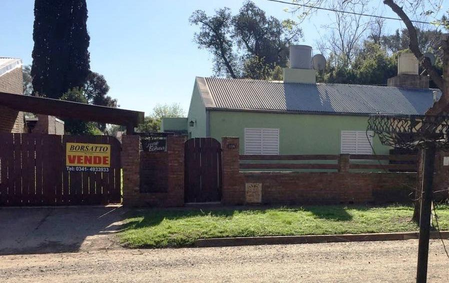 Foto Casa en Venta en  Funes ,  Santa Fe  Pje 2 Nº al 1200