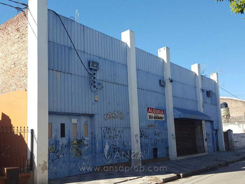 Foto Local en Alquiler en  Colon,  Cordoba  Galpón con posibilidad de Subdividir