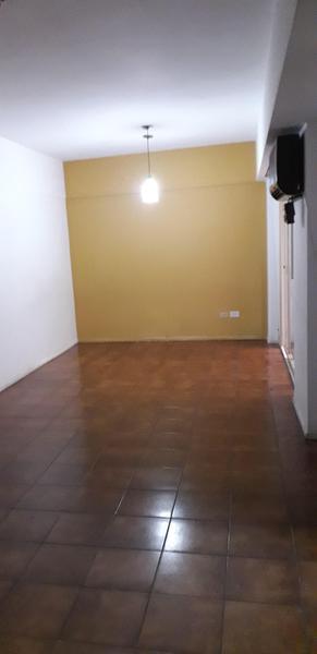 Foto Departamento en Venta en  San Telmo ,  Capital Federal  Av. Caseros al 700