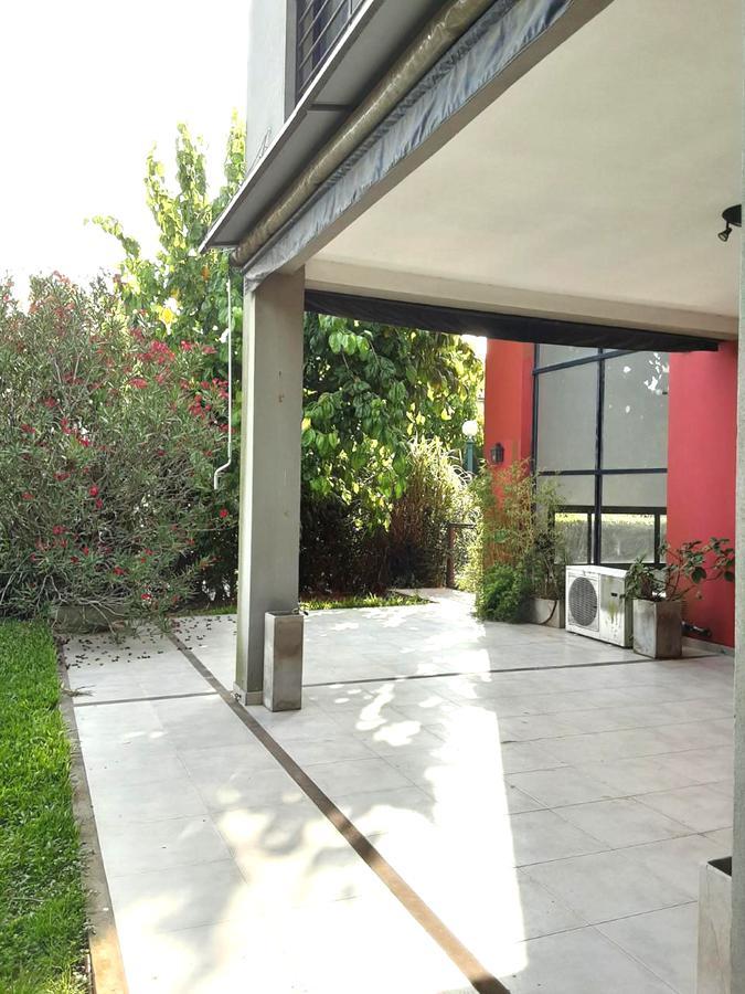 Foto Casa en Alquiler en  Villa Olivos,  Countries/B.Cerrado (Escobar)  Alquiler casa 3 dorms con dependencia y playroom