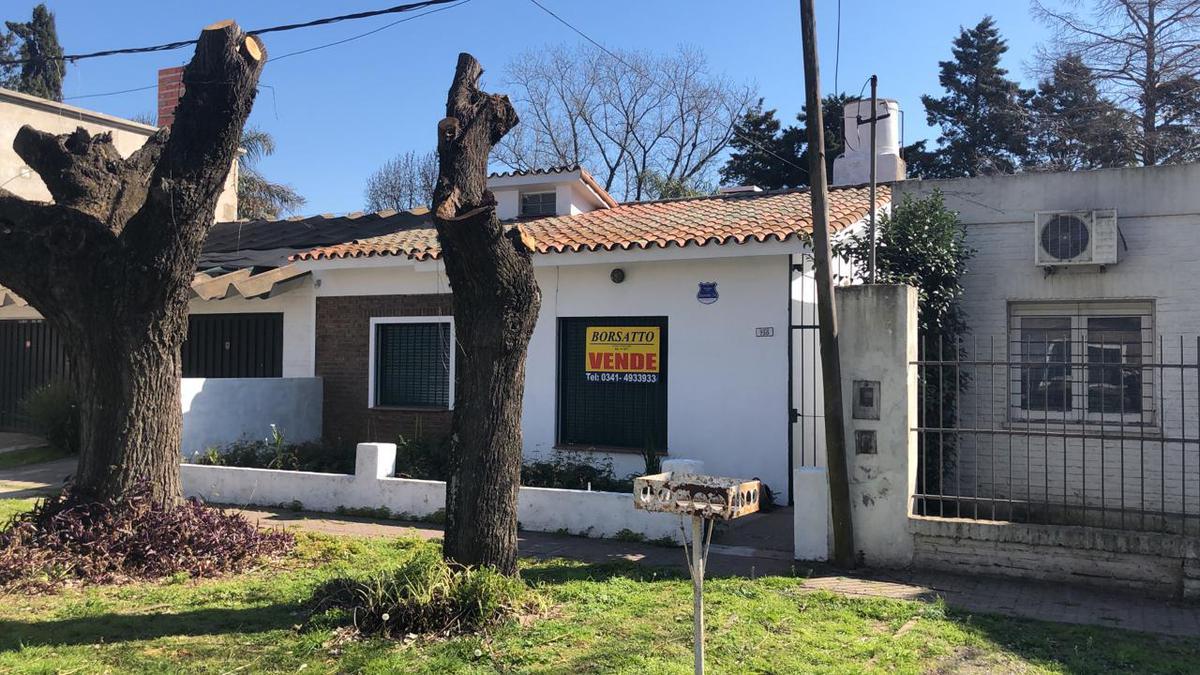 Foto Casa en Venta en  Rosario ,  Santa Fe  Olmos al 700