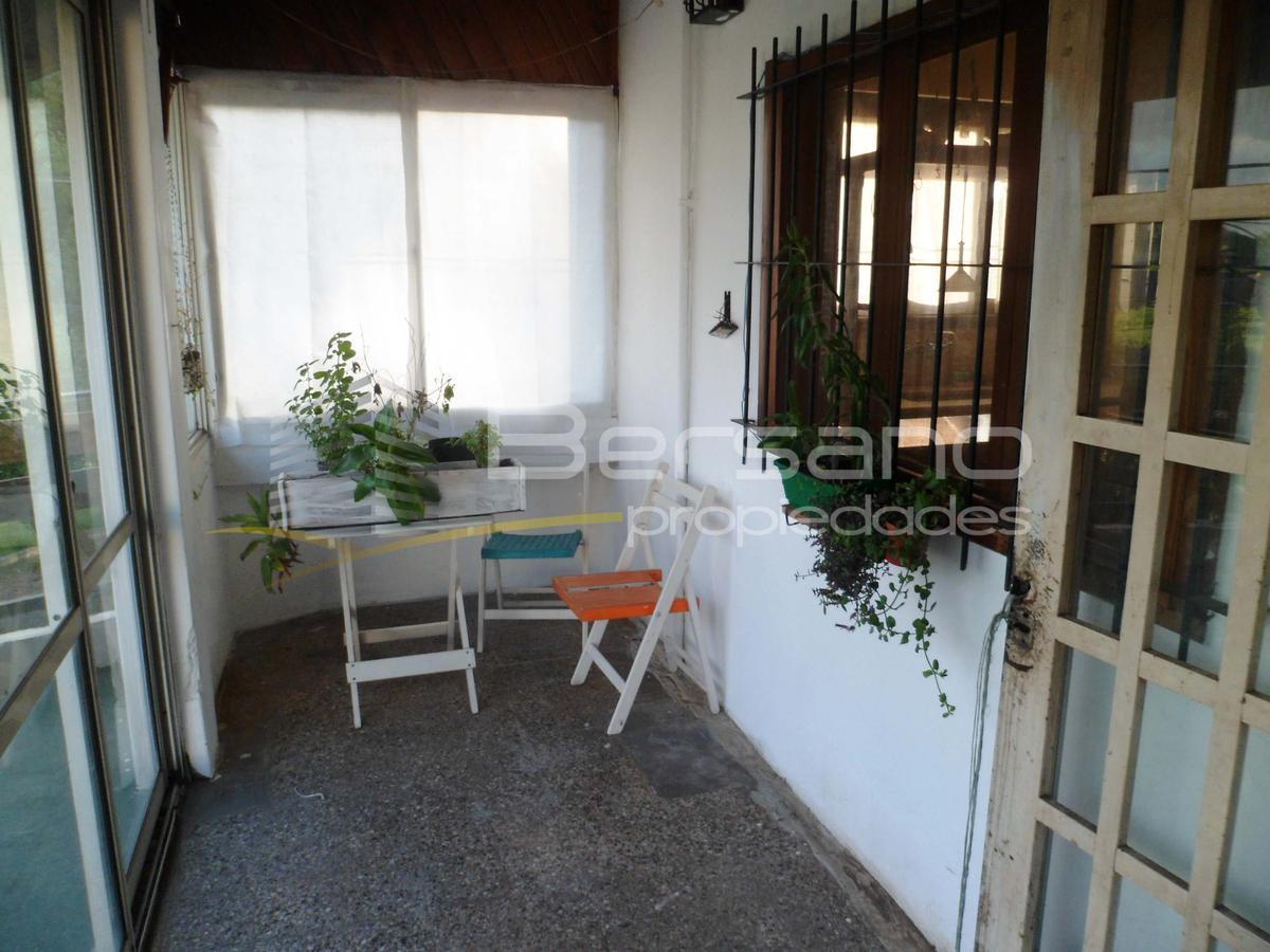 Foto PH en Venta en  Villa Saenz Peña,  Tres De Febrero  Neuquen 2991