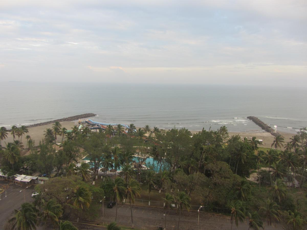Foto Oficina en Renta en  Playa de Oro Mocambo,  Boca del Río  Torre Exertia, Boca del Rio, Ver. - Oficina en renta