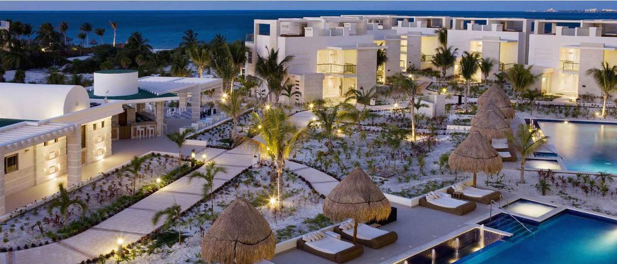 Foto Departamento en Venta en  Punta Sam,  Cancún  La Amada Playa Mujeres