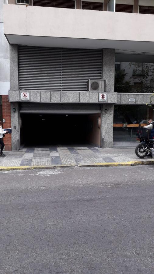 Foto Cochera en Venta en  Microcentro,  La Plata  6 e/ 45 y 46