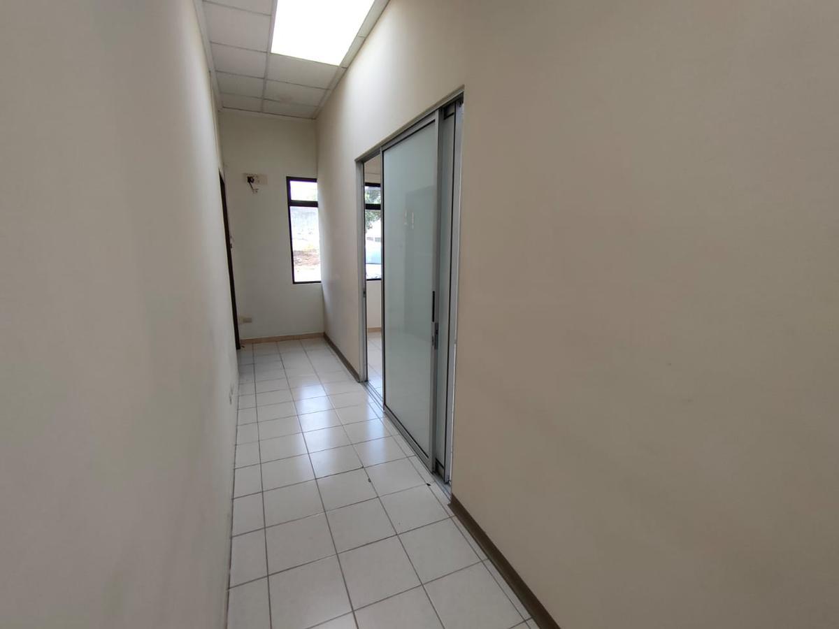 Foto Oficina en Renta en  Mata Redonda,  San José  Ubicación Estratégica / Sabana / Amplios espacios