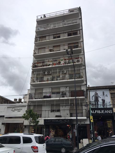 Foto Departamento en Venta |  en  Flores ,  Capital Federal  Av. Avellaneda al 3100