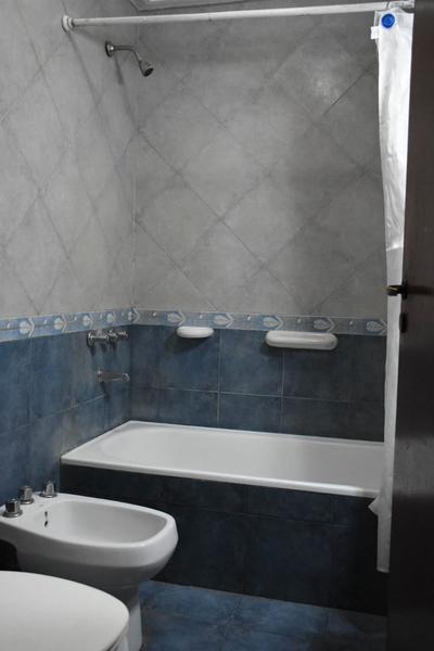Foto Casa en Venta en  San Miguel De Tucumán,  Capital  SAN LUIS al 900