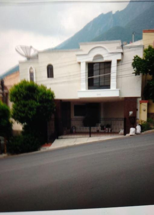 Foto Casa en Venta en  Pedregal la Silla 1 Sector,  Monterrey  Col. Pedregal de la Silla