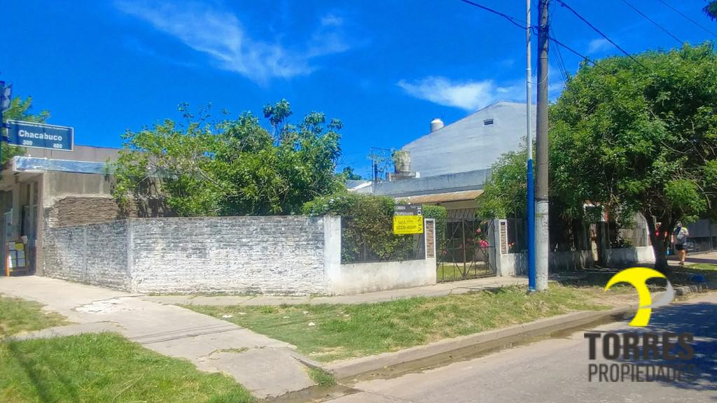 Foto Casa en Venta en  Pablo Nogues,  Malvinas Argentinas  Chacabuco al 300
