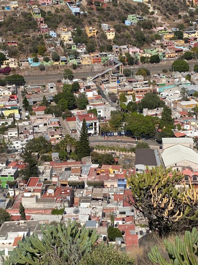 Foto Terreno en Venta en  Milenio,  Querétaro  VENTA TERRENO H3 IDEAL PARA HACER DEPARTAMENTOS EN FRACC. MILENIO QRO. MEX.