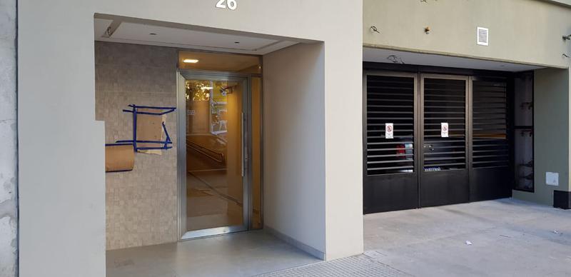 Foto Departamento en Venta en  Liniers ,  Capital Federal  Pola 26 1 ambiente, con balcón, entrega inmediata, a metros de Rivadavia y el boulevard Falcón.