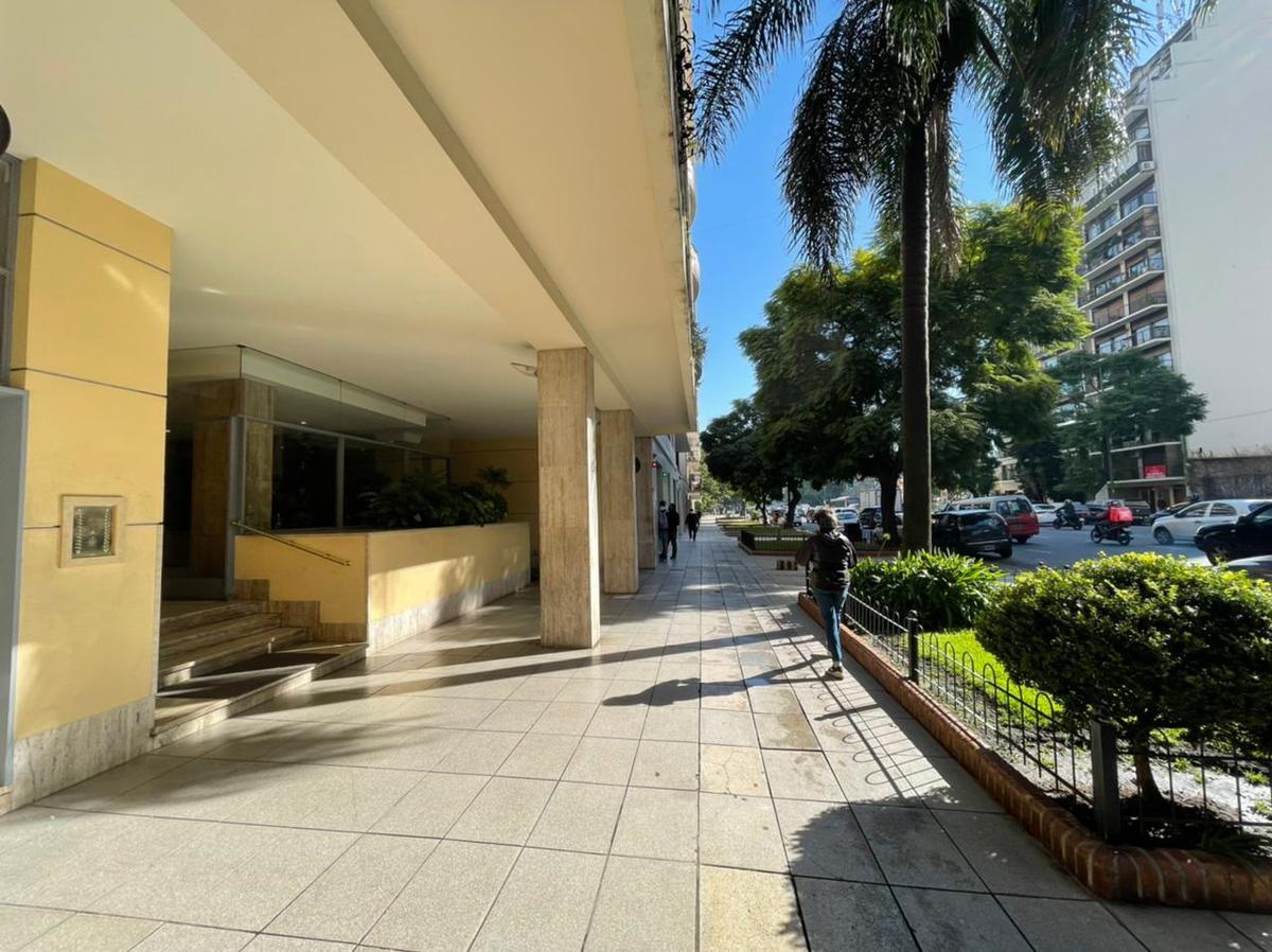 Foto Departamento en Alquiler en  Palermo Chico,  Palermo  Figueroa Alcorta al 3000