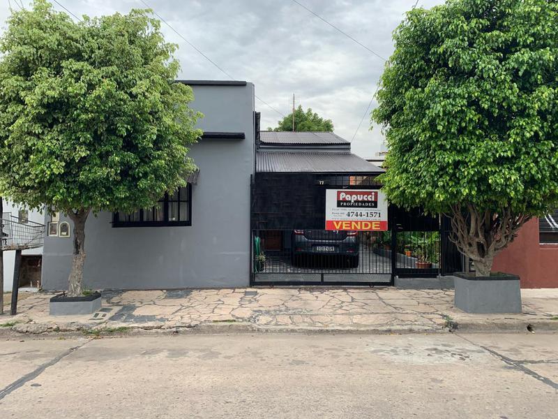 Foto Casa en Venta en  Victoria,  San Fernando  Independencia 77